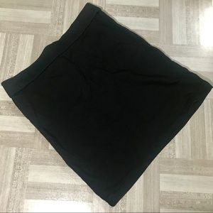 Forever 21 Simple Mini Skirt Size L